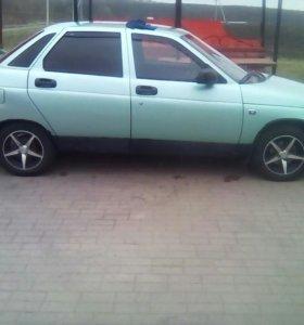 Авто Лада-2210