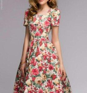Платье новое s,m