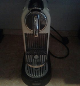 Кофемашина капсульного типа Nespresso De Longhi CI