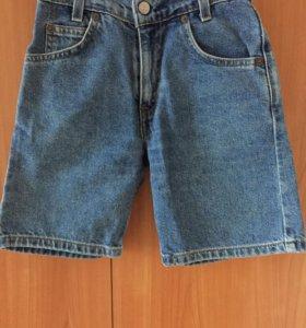 Шорты  джинсовые Levis новые девочке