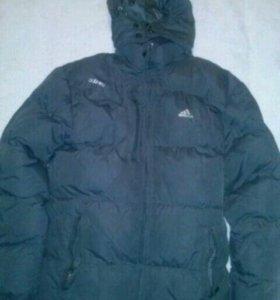 Зимняя спортивная куртка adidas