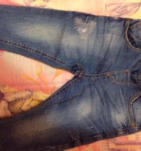 Брючки/джинсы Zara.