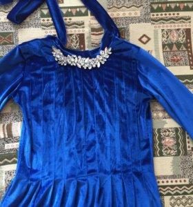 Велюровое платье в пол