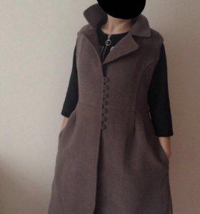 Пальто безрукавка
