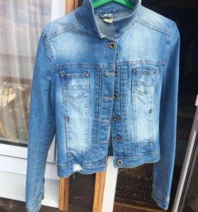 Джинсовая куртка Bershka
