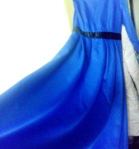 Синее макси платье