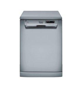 Посудомоечная машина Hotpoint-Ariston.