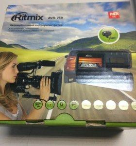 Авторегистратор Ritmix AVR-750