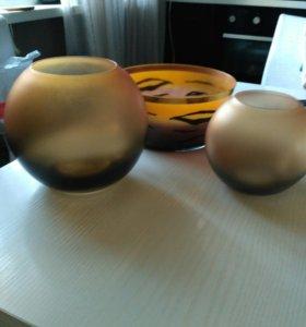 2 вазы и салатница