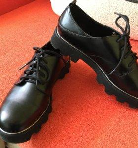 Туфли, полуботинки Bershka р.37