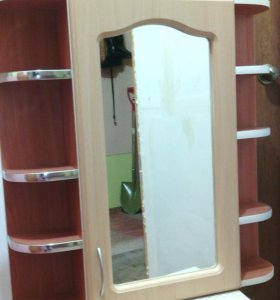 Шкафчик настенный