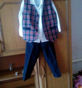 Школьный костюм первоклассника