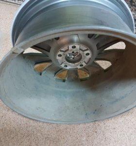 Диск колеса r18