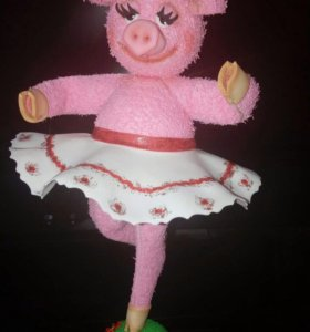 Свинка балеринка