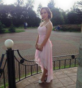 Праздничное платье на выпускной