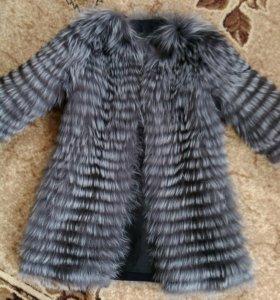 Шубка-пальто из меха чернобурки