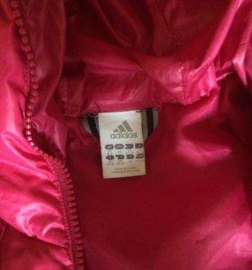 Спортивная куртка Адидас