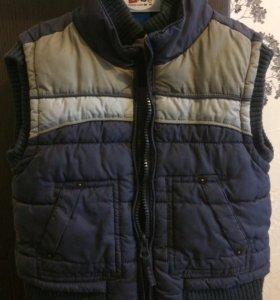 Тёплая жилетка 92+ р-р
