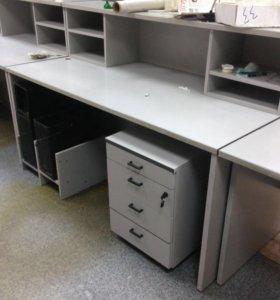 Продам столы, стойки, стеллажи