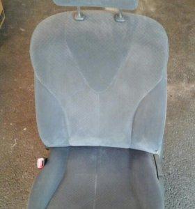 Водительское сиденье на тайота камри