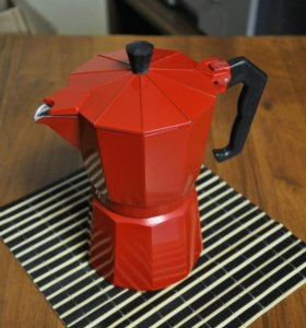 Гейзерная кофеварка 3 чашки 300 мл