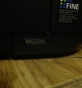 МФУ Canon MG2240