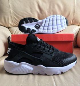Nike huarache ultra black/white