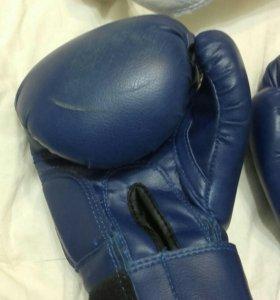 Шлем и перчатки для единоборств детские