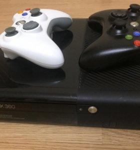Xbox 360 E 250ГБ + kinect + 2 джостика и игры