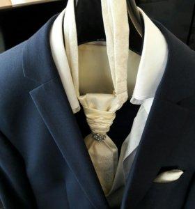 Продам свадебный костюм в идеальном состоянии!!!