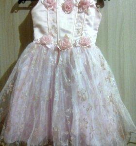 Платье на девочку(9611171611)