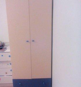 Шкаф детский с выдавленной аппликацией
