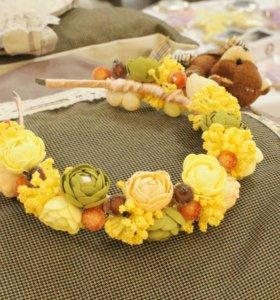 Осенний ободок с цветами
