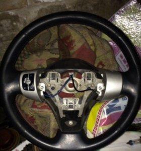Руль Toyota Yaris 2007