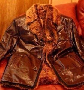 Куртка мужская из лаковой кожи с натуральным мехом