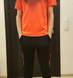 Спортивный костюм для мальчика. Штаны + футболка