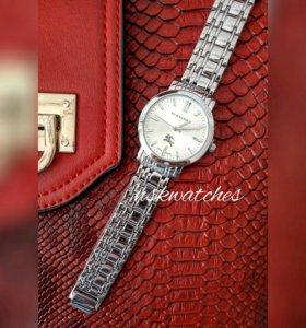 Часы женские Burberry