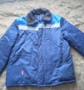 Куртка теплая, спецовочная 2 штуки.