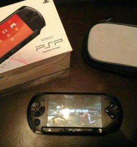 Прошитая игровая приставка PSP.