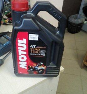 Масло Motul 7100 10W40 4 литра