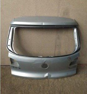 VW Tiguan крышка багажника (тигуан)