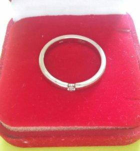Белое золото с бриллиантом4.23 гр (Кольцо мужское)