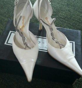 Кожаные свадебные туфельки