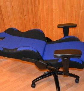 Кресло akracing