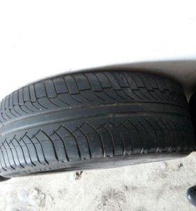 Шины 225/55 R18 Michelin 4 шт          Износ 60%