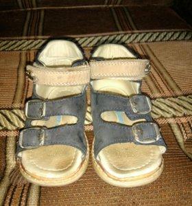 Ортопедические сандали Happy steps