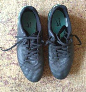 Футбольные бутсы Nike Tiempo Genio 2 Leather FG