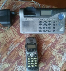 Телефон с автоответчиом.