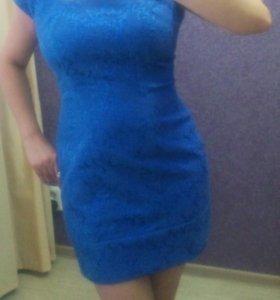 Платье из жаккарда