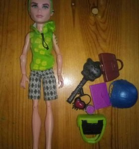Кукла Монстр Хай + мелочи